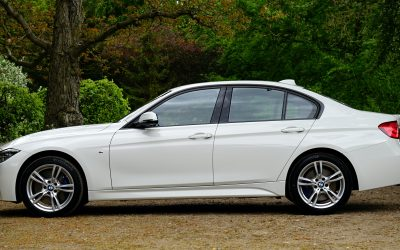 Top Tips on How to Keep your White Car Clean Using a Pressure Washer